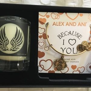 Because I Love You Mom Gold Votive Gift Box